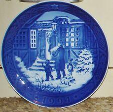 "Royal Copenhagen 1994 Christmas Shopping Plate - 7 1/8"""
