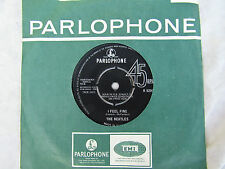 BEATLES I FEEL FINE / SHE'S A WOMAN parlophone 5200 EX .....45rpm pop / single