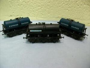 Milk Tank Wagons Express Dairies 2 x Blue, United 1 x Black Lima No 305643 '00'