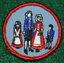 GIRL SCOUT BIENNTENICAL PATCH - A GIRL SCOUT IN 1776 - CONN TRAILS COUNCIL