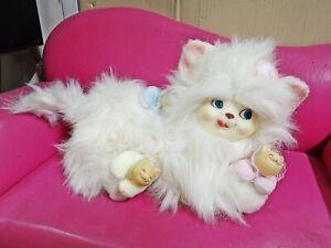 vintage rubber face stuffed animal fur family white kitty cat 1980'S DAN DEE dol