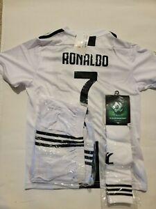 JUVE #7 Ronaldo HOME Kids Jersey Kit : shirt, short, socks. Age 5 to 13 Yrs Old
