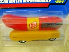 1998 Hot Wheels Oscar Mayer Wienermobile Hot Dog Car Yellow & Red #204 New! LOOK
