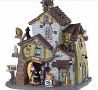 Lemax Spooky Town WITCH AND WARLOCK RESIDENCE #85308 BNIB Lighted Scary Building