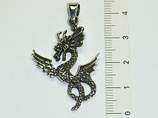 Anhänger: Drache mit Flügel in detaillierter Verarbeitung, 925 Sterling Silber