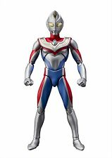 Bandai ULTRA-ACT Ultraman Dyna Flash Type Action Figure