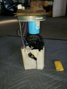 2005 Hummer H2 Fuel Pump (USED)