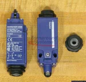 Telemecanique XCKN2102F12S66 Limit Switch, NEMA 4X/12, Roller Actuator, NEW!