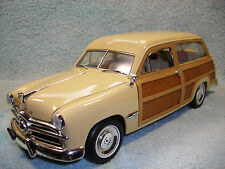1/18 1949 FORD WOODY WAGON IN LIGHT YELLOWREAL WOOD BY MOTOR CITY CLASSICS.