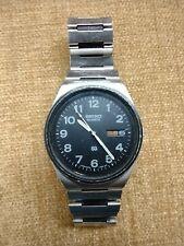 Vintage Men's Seiko Quartz Day-Date Stainless Steel Black Dial/Bezel Wrist Watch