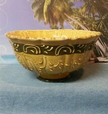Ceramic Pottery Footed Fruit Bowl - Green and Beige