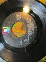 ABC 45 Rpm Record Billy Don't Be A Hero Don't Ever Look Back The Heywoods 1974~