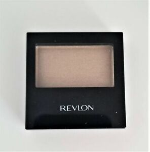 Revlon Color Stay 12 Hour Eye Shadow CHAMPAGNE 04