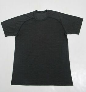 Lululemon Men's Metal Vent Tech Short Sleeve Deep Coal / Black Size M Stretch