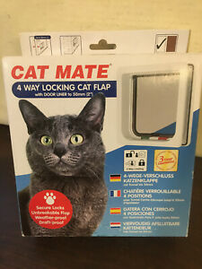 Cat Mate 4 Way Locking Cat Flap w Door Liner, New