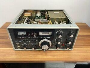Yaesu FT - 101 E SSB CW transceiver