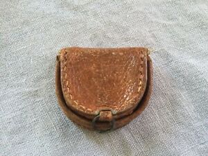 Adorable Vintage Tiny Leather Tray Coin Purse