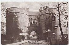 VINTAGE G & P POSTCARD OF THE MIDDLE TOWER, TOWER OF LONDON UNPOSTED.