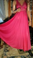 VTG OLGA 80s GRAND SWEEP NEGLIGEE SILKY GOWN MEDIUM FUCHSIA PINK NIGHTGOWN USA