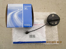 03 - 03 CHEVY EXPRESS BASE LS FUEL GAS TANK FILLER CAP WITH TETHER OEM BRAND NEW
