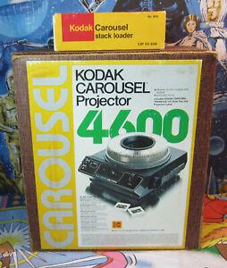 Vintage Kodak #4600 CAROUSEL PROJECTOR 2x2 Slide w/Stack Loader, zoom lens, lamp
