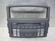Mitsubishi Pajero V80 Schaltereinheit Radio CD Armaturentafel Mitte 8002A256XA