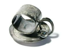 More details for antique meriden b co. silver plated napkin ring on lily pad & flower