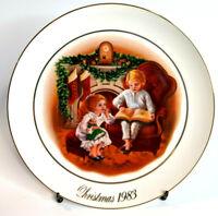 AVON 3rd Ed 1983 Christmas Memories Plate Enjoying The Night Before Christmas
