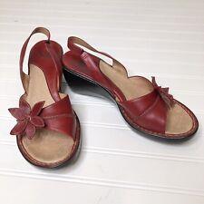 Sofft Red Leather Healed Slingback Sandal 9.5 Flower Detail 9.5 Medium