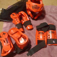 Warrior Macho Martial Arts Gear Set with Mesh Bag (Red)Made in USA