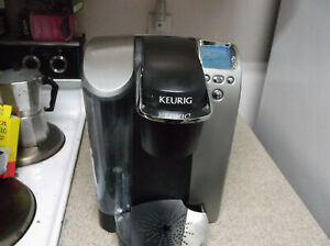 Refurbished Keurig K70 Platinum 1 Cup Brewing System - Silver and Free Shipping