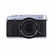 Near Mint! Fujifilm X-E1 with XF 18-55mm f/2.8-4 Silver - 1 year warranty