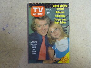 1974 SOUTH AUSTRALIAN TV GUIDE-  GEORGE MALLABY, PETER MARKER (GLENELG) PIN-UP