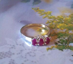 0.85ctw Genuine Ruby Oval .925 Stamped Sterling Silver Ring size 7 (R2)