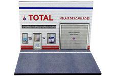 Diorama présentoir Station Service Total - 1/43ème - #43-2-B-B-103