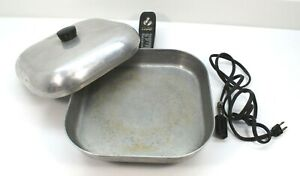 Vintage Sunbeam USA Controlled Heat Automatic Fry Pan with Lid Model FP FRYPAN