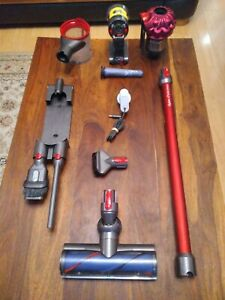 Dyson V7 Total Clean Cordless Vacuum Cleaner (item210)