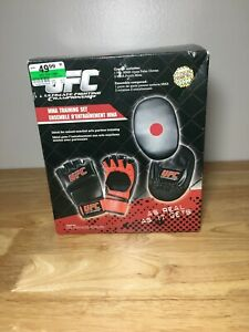 UFC Ultimate Fighting Championship MMA Gloves Punch Mitts Training Set Red/Black