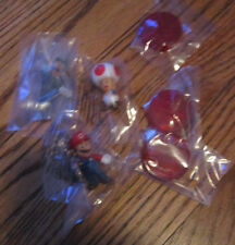 Super Mario Brothers Banpresto set of 3 Mini Figures Luigi Toad