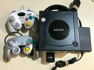 Nintendo Gamecube - Tested & Working with two controllers