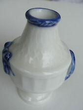 1909 OLD ROYAL COPENHAGEN BLUE FAN 1212-11535 ENVELUPE VASE