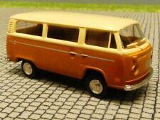 1/87 Brekina VW T2 hellbeige/braun de Lux USA Version B