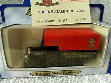 OXFORD DIECAST MODEL TRUCK RED LIMITED EDITION ROY010 QUEEN ELIZABETH 2004
