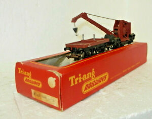 Triang OO Scale British Rail Light Crane and Idler Car
