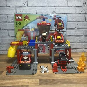 Lego Duplo Fire Station 5601 wih 3 firefighters helicopter fire truck complete