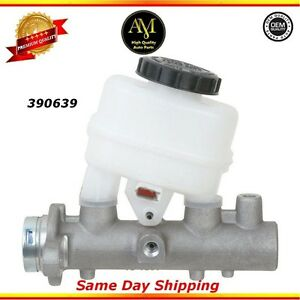 Brake Master Cylinder For 99/04 Infiniti I35 Nissan Maxima 3.0L 3.5L