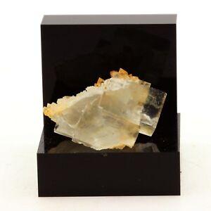 Fluorite + Quartz. 46.5 ct. Langeac, Haute-Loire, France. Rare.