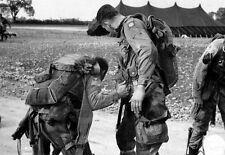 WWII B&W Photo US Paratroops 82nd Abn Div  WW2 / 1028