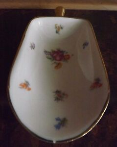 Vintage Ceramic Porcelain Sugar, Flour, Candy Scoop utensil Floral Design Gold