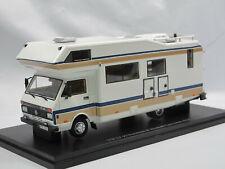 Autocult 09011 1988 Niesmann Clou Trend 670 F auf VW LT 50 Wohnmobil Camper 1:43
